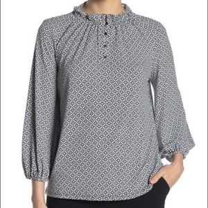 4/$25✨NWT Adrianna Papell 3/4 Moss Print Crepe Top